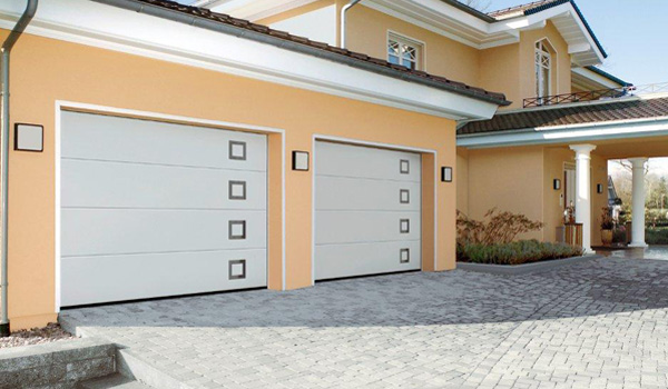 porte entrée garage
